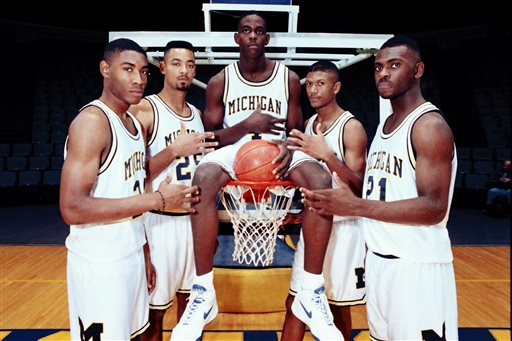 Digitized photograph of Michigan mens basketball players in 1991