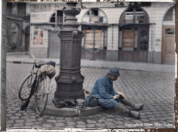 Scanned autochrome of urban scene in France