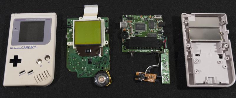 Nintendo Game Boy Inside
