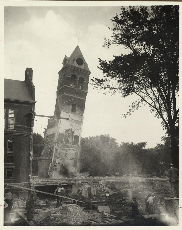 The Old Library, Demolition of the Clock Tower