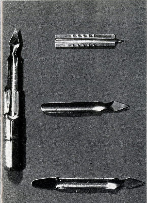 Vaccinostyle with interchangeable needle tips