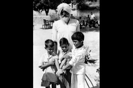 Vaccinated children in India