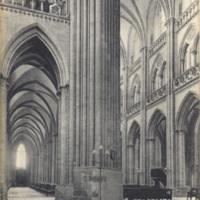 83 Coutances. - Interieur de la Cathedrale, Bas-Cote