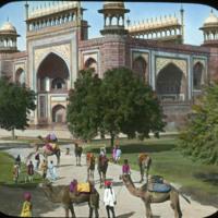 Gateway to Taj Mahal, Shah Jahan (architect), opened 1648