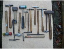 many hammers