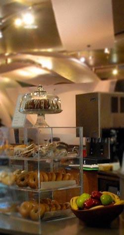 Bert's Café bagel case