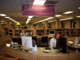 Photo of the reference desk at the Shapiro Undergraduate Library
